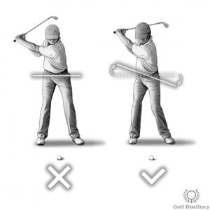 Les hanches devraient s'enrouler pendant le backswing; pas seulement les épaules
