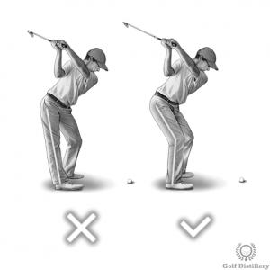 Le genou droit doit conserver une certaine flexion pendant le backswing